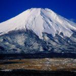 散歩のついでに富士山に登った人はいない